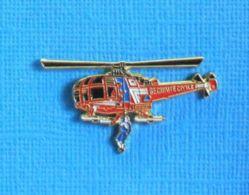 1 PIN'S //  ** ALOUETTE III HÉLITREUILLAGE / SÉCURITÉ CIVILE ** . (N°0856) - Firemen