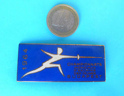 WORLD JUNIORS FENCING CHAMPIONSHIPS 1964. Large Enamel Participant Pin Badge * Escrime Esgrima Fechten Scherma - Escrime