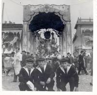 Photo  - MILITAIRE MARIN En 1963 Au AU CARNAVAL DE NICE  SNAPSHOT - Photos
