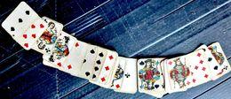 CARTE A JOUER MINUSCULE (3,5 X 2,5 Cm )JEU INCOMPLET 47/48 CARTES VERS 1900 BON ETAT ETUI MAUVAIS ETAT - Kartenspiele (traditionell)