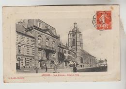 LOT 7032045 CPA AVESNES SUR HELPE (Nord) - Place D'Armes, Hôtel De Ville - Avesnes Sur Helpe