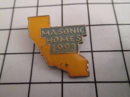 816b Pin's Pins / Beau Et Rare / THEME : ASSOCIATIONS / FRANC-MAÇONNERIE CALIFORNIE MASONIC HOMES 1993 - Associations