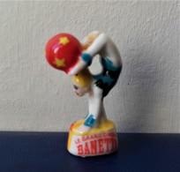 - Fève - Le Grand Cirque Banette. Acrobate - - Fèves
