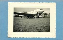 BITAM (gabon) - Escale, Vol Douala Libreville(photo Années 50 Format 10,6cm X 8 Cm Environ) - Luchtvaart