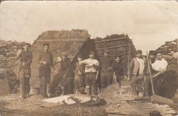 TRELAZE. Ardoisiers Au Repos - CARTE PHOTO (Honneur Aux Pochards) - France