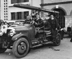 "29/ MONTAUBAN Rallye Voitures Anciennes "" Photo Reportage Resseguié "" 1950/60 - Coches"