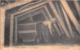 ¤¤   -   Dans La Mine   -  Un Chargeur   -  Mineur  -  ¤¤ - Mines