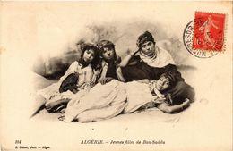 CPA AK GEISER 104 Jeunes Filles De Bou Saada ALGERIE (824210) - Enfants