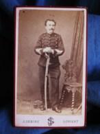 Photo CDV Sébire à Lorient  Militaire  Sergent Major 4e Artillerie (signée Le Mignon 1880) - L493 - Old (before 1900)