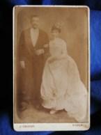 Photo CDV  Yrondy à Paris  Couple De Jeune Mariés  CA 1880 - L493 - Old (before 1900)