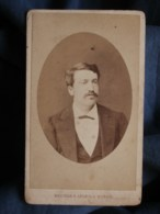 Photo CDV  Dubois à Paris  Portrait Homme  CA 1875 - L493 - Old (before 1900)