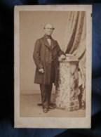 Photo CDV  Sébire à Lorient  Homme âgé élégant  Sec. Empire  CA 1860-65 - L493 - Old (before 1900)