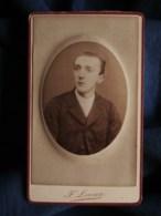 Photo CDV  Leroux à Nantes  Portrait Jeune Homme  CA 1885 - L493 - Old (before 1900)