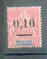 MADA 605 - YT 53  * - Charnière Complète - Neufs