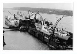 C3677/ Hamburg Hafen  Werft Dock 4   Foto Ca.1965  22 X 15 Cm - Germany