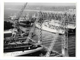C3679/ Hamburg Hafen  Werft Dock Schiffsbau  Foto Ca.1965  22,5 X 17 Cm - Germany