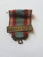 ALGERIE . RUBAN ET BARETTE - Médailles & Décorations