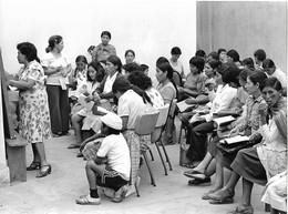 Photo Pérou Peru Vitarte Cours D'alphabétisation Ph. Vivant Univers - Lieux