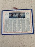CALENDRIER 1928   DIM : 13 Cm / 10 Cm - Petit Format : 1921-40