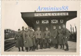 Campagne De France 1940 - Wehrmacht - Gare De Pont L'Évêque - Train - Chemin De Fer - Voie Ferrée - Wagon - War, Military