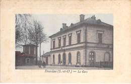 91 - DOURDAN : La Gare ( SNCF ) - Jolie CPA Colorisée Avec Cadre - Essonne - Dourdan