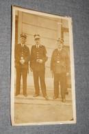 Ancienne Photo Originale,Courcelles,Policier,a L'étranger Avec 2 Autres Policiers 1938,Casino De ? ,pour Collection - Personnes Identifiées