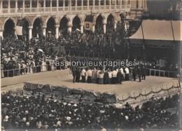 CARTE PHOTO  VENISE VENEZIA  MANIFESTATION RELIGIEUSE PALAIS DES DOGES - Venezia (Venice)