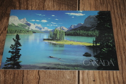 3689-         CANADA, ALBERTA, JASPER NATIONAL PARK, MALIGNE LAKE - Jasper