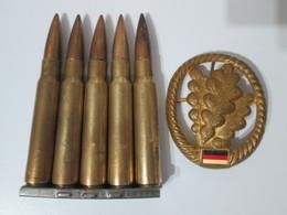 Clip Mauser 5 Cartouches Neutralisées WW2 + Insigne De Béret Allemand - Armes Neutralisées