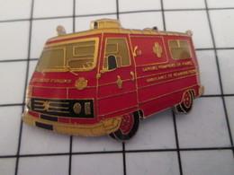 816c Pin's Pins / Beau Et Rare / THEME : POMPIERS / AMBULANCE SAPEURS POMPIERS DE PARIS - Firemen