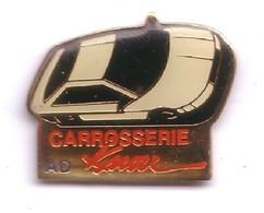 V115 Pin's Carrosserie AD KNOW (illisible) Peugeot Citroën Renault ? Achat Immédiat - Citroën