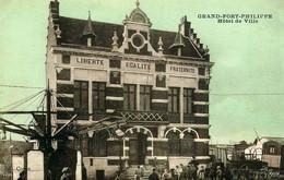 Photo : Grand-Fort-Philippe, Hoetel De Ville, Photo D'une Ancienne Carte Postale, 2 Scans - Trains