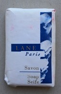 - Savon - Ancienne Savonnette D'hôtel - Lane. Paris - - Produits De Beauté
