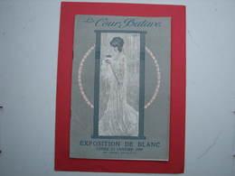La Cour Batave  1909 Magnifique Catalogue, Couverture Art Nouveau De L'Artiste Raphaël Kirchner Etat Superbe - Vintage Clothes & Linen