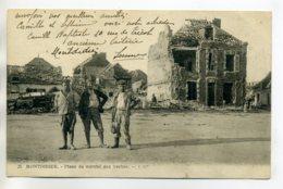 80 MONTDIDIER Militaires Place Du Marché Aux Vaches  écrite En 1922 Depuis Le Bourg  D10  2017 - Montdidier
