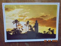 Marrakech. La Koutoubia. Casa Images 601 PM 1999 - Marrakech