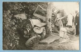 A114  Carte-Photo   SAULXURES-sur-MOSELOTTE  ??  (Vosges)   Accident De La Circulation - Voiture +++++ - Francia