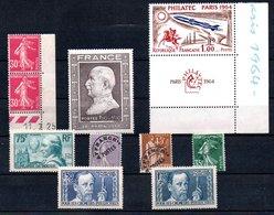 B22 Bel Ensemble De Timbres ** Pour Une Côte De 255 Euros. A Saisir !!!. - Briefmarken