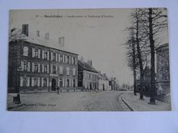 CPA  80  Montdidier Gendarmerie Et Faubourg D'Amiens 1918 TBE - Montdidier