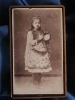 Photo CDV  Barbot à Toulon  Fillette Habillée En Bohémienne Tenant Un Tambourin  1888 - L494A - Photos