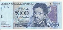VENEZUELA 5000 BOLIVARES 2004 VF+ P 84 C - Venezuela