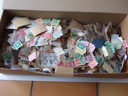 LOT DE TIMBRES ANCIENS DE FRANCE PLUS DE 1500 TIMBRES POIDS TOTAL 0.695 KGS ENVOIE MONDIAL RELAIS - Other