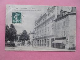 NEVERS_La Poste_Le Cercle Des Officiers Et La Porte De Paris - Nevers