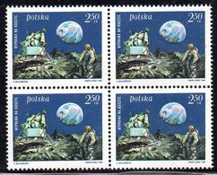 POLAND 1969 SPACE 1ST MANNED LUNAR LANDING MAN ON THE MOON BLOCK OF 4 NHM Armstrong Aldrin Collins USA View Earth Crater - Ongebruikt