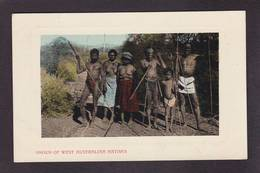 CPA Australie Australia Aborigène écrite Nu Nude Féminin - Aborigenes