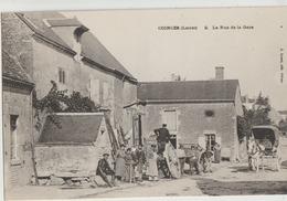 Coinces  45   La Rue De La Gare  Tres Tres Animée Devant Forgeron Et Attelage Caleche - Other Municipalities