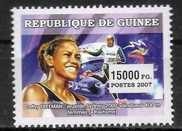 GUINEE  N° 2902 * *  Course  Cathy Freeman - Athletics