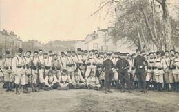J82 - MILITARIA - Groupe De Militaires Français En Exercice à Lyon Au Clos Jouve Le 17 Mars 1911 - Regiments
