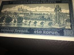 See Photos. Bohemia & Moravia Czechoslovakia 100 Korun 1940. Seems Uncirculated. - Tchécoslovaquie
