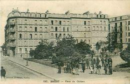 Cpa BREST 29 Place Du Château - Artaud Nozais 197 - Brest